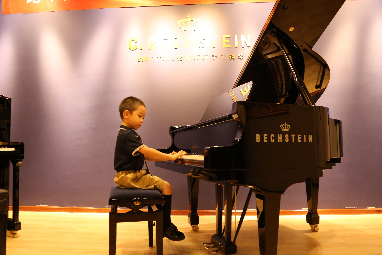 拜耳第60条钢琴谱子